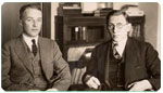 Frederick Banting junto a Charles Best